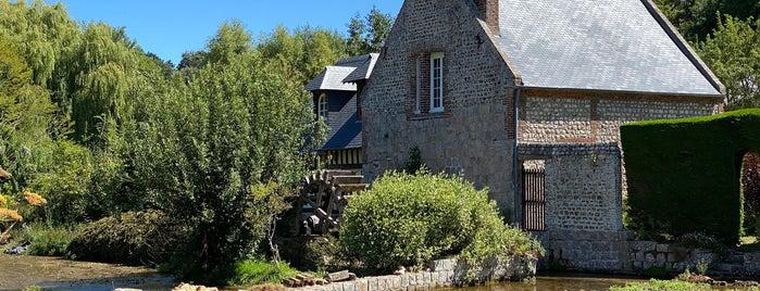 Veules-les-Roses is one of Les plus beaux villages de France.