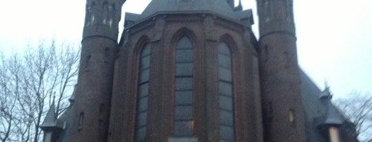 Vondelkerk is one of Locais salvos de Aline.