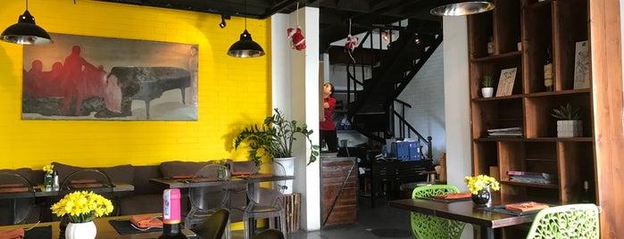 A La Folie is one of Hanoi.