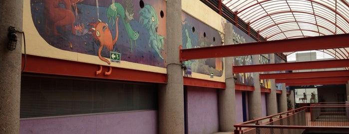 Edificio R / DCG is one of Tempat yang Disukai rigostrack.