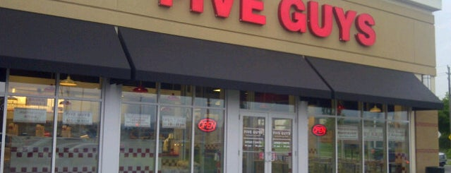 Five Guys is one of Denis's Liked Places.