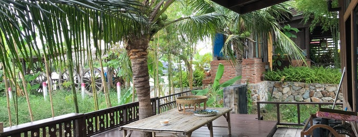 Naga Garden & Cafe is one of Your Place Corner.