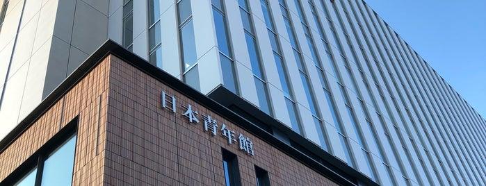 日本青年館ホール is one of Locais curtidos por doremi.