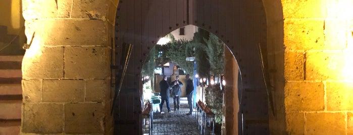 La Sqala: Café Maure is one of สถานที่ที่ Chicco ถูกใจ.