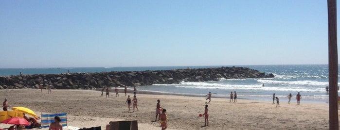 Praia de Ofir is one of Locais Favoritos.