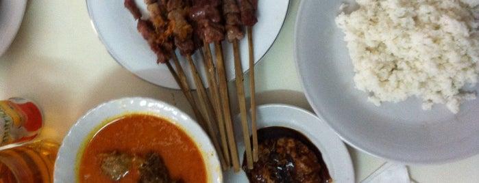 Sop Sate Kambing Pak Rebing Empang is one of Iyanさんのお気に入りスポット.