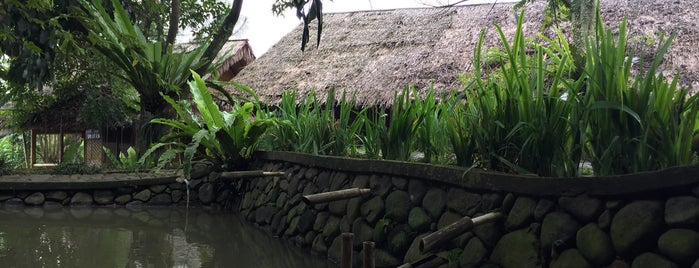 Bukit Air Resto is one of Iyanさんのお気に入りスポット.