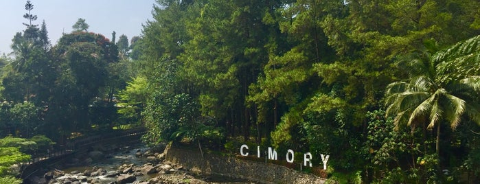 Cimory Riverside is one of Iyanさんのお気に入りスポット.
