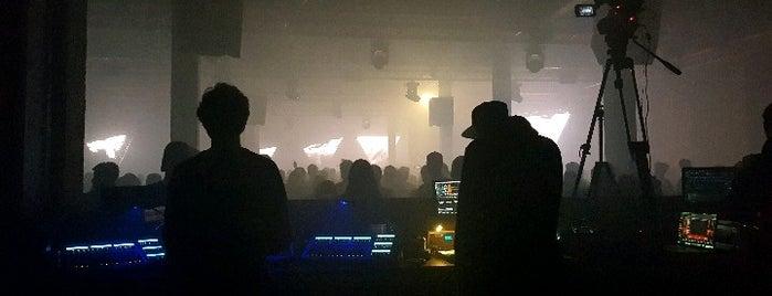 Warehouse Elementenstraat is one of Clubbing.