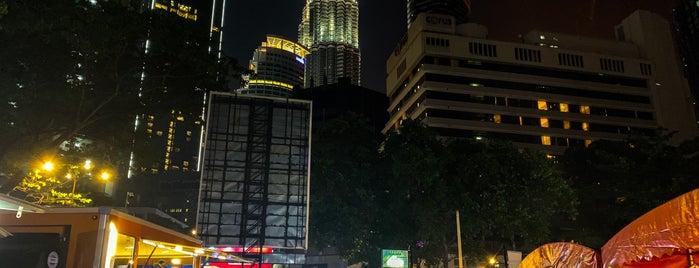 TAPAK Urban Street Dining is one of 🚁 Malaysia 🗺.