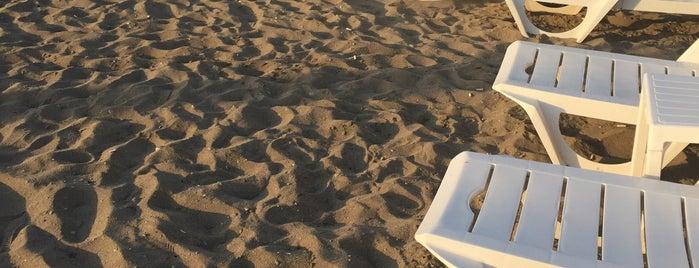 Edremit Halk Plajı is one of Sedat'ın Beğendiği Mekanlar.