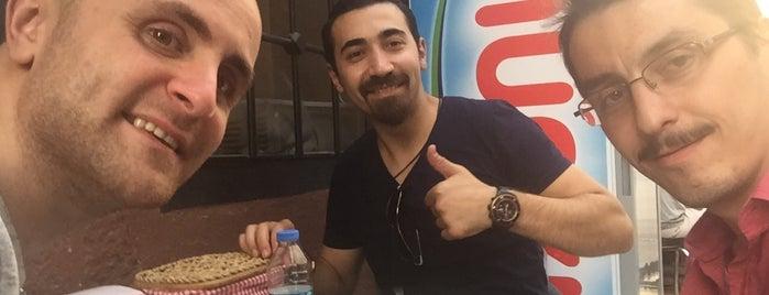 Karaköy Çorba Evi is one of Posti che sono piaciuti a Samet.