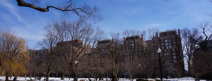 Boston Public Garden is one of Boston.