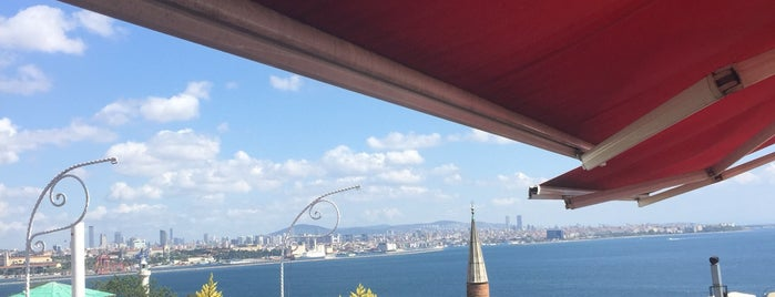 Hotel Empress Zoe is one of Istambul food.