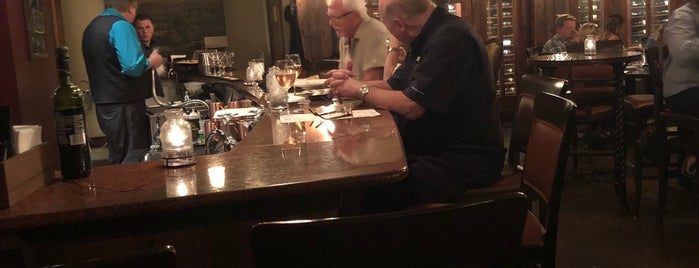 Cru Restaurant & Wine Bar is one of Tempat yang Disukai Philip.