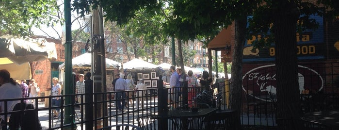 Harry's Bar & Tables is one of KC's Most Engaging Outdoor Patios.