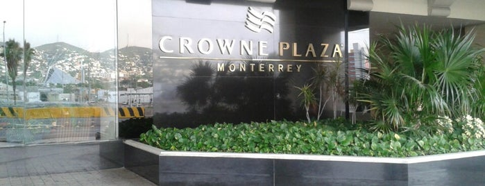 Crowne Plaza is one of Carolinaさんのお気に入りスポット.