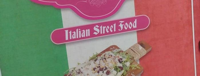 Verona Pizza & Pasta is one of สถานที่ที่ Rich ถูกใจ.