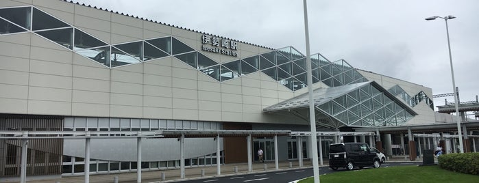 Isesaki Station is one of JR 키타칸토지방역 (JR 北関東地方の駅).