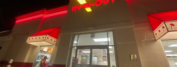 In-N-Out Burger is one of Miguel : понравившиеся места.