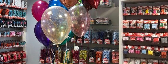 Party Shop is one of Lugares favoritos de Erika.