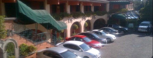 Hotel Park Villa is one of Tempat yang Disimpan Tamara.
