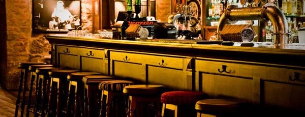 The Basement English Pub is one of Lugares favoritos de Paty.