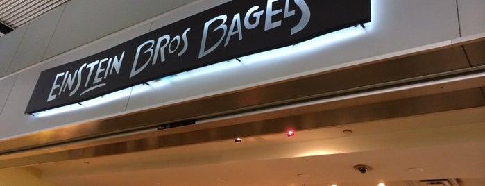 Einstein Bros. Bagels is one of Fermés.