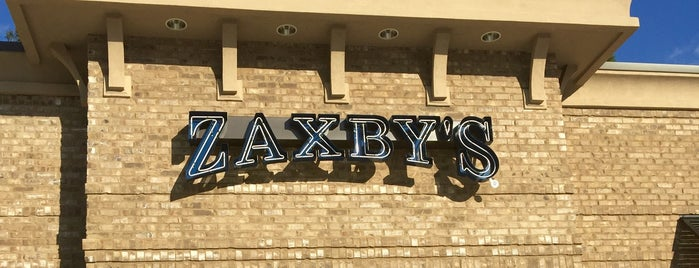 Zaxby's Chicken Fingers & Buffalo Wings is one of Chris'in Beğendiği Mekanlar.