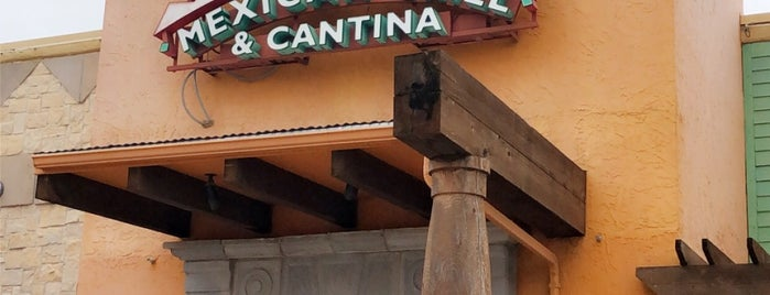 On The Border Mexican Grill & Cantina is one of Chrisさんのお気に入りスポット.