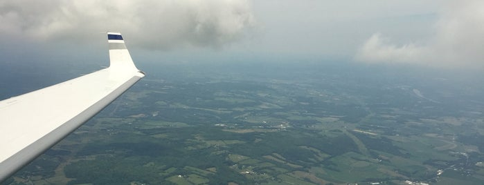 Saratoga County Airport is one of Locais curtidos por Chris.