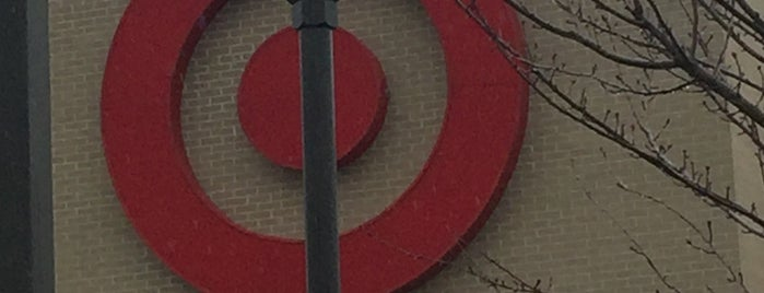 Target is one of Lugares favoritos de Chris.