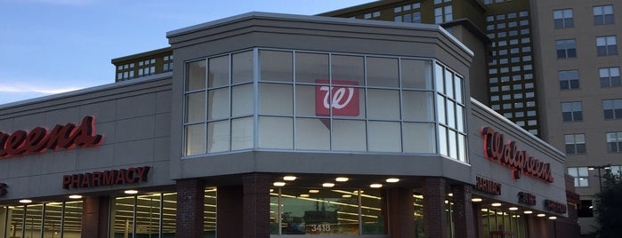 Walgreens is one of Chrisさんのお気に入りスポット.