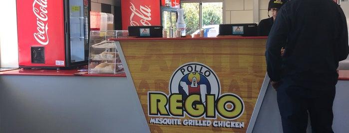 El Pollo Regio is one of Tempat yang Disukai Chris.