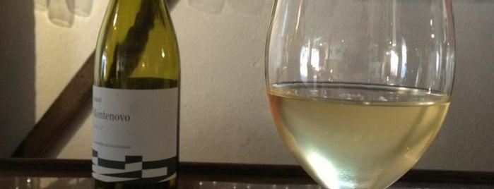 Faubourg Wines is one of Tempat yang Disukai Matt.
