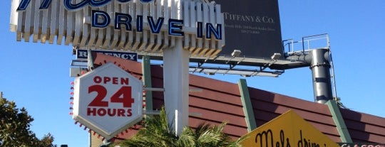 Mel's Drive-In is one of Lugares favoritos de Stefanie.