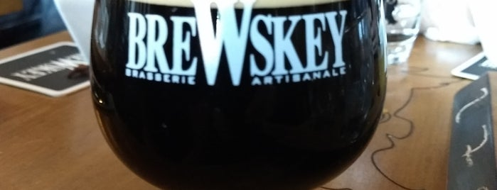 Pub BreWskey is one of quebec.