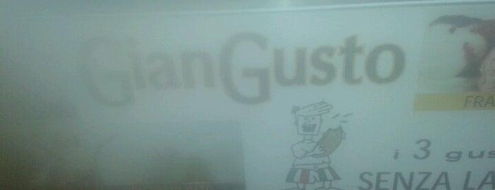 Giangusto is one of ristoranti.
