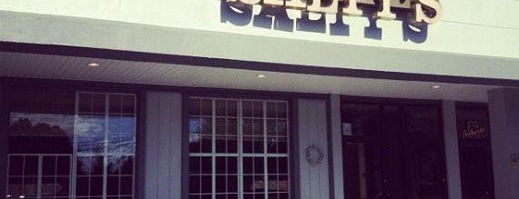 Salty's Pub & Bistro is one of Gespeicherte Orte von Marcie.