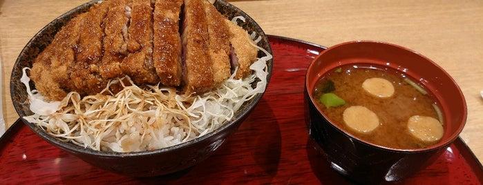 京都勝牛 is one of Hideさんの保存済みスポット.