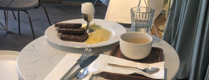 Аэроплан is one of Moscow Coffee.
