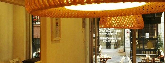 Kumquat Cafe is one of Posti salvati di Merve.