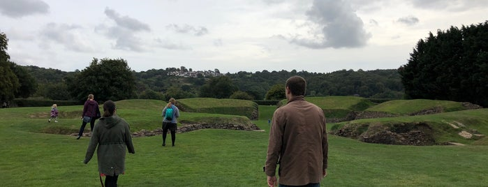 Caerleon Roman Amphitheatre is one of Lugares favoritos de Carl.