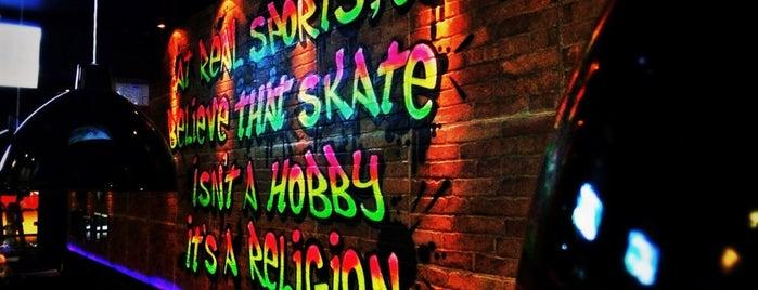 Longslide SkateBar is one of Bons drink!.