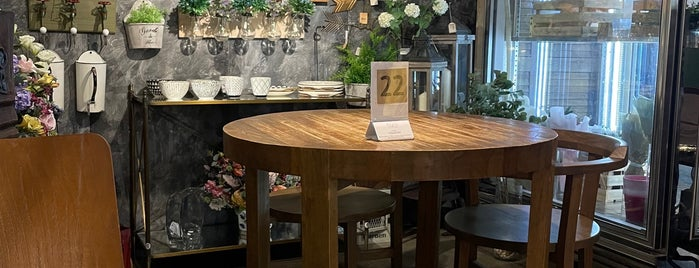 Knots Cafe & Living is one of SG Home Decor/Furniture Stores.