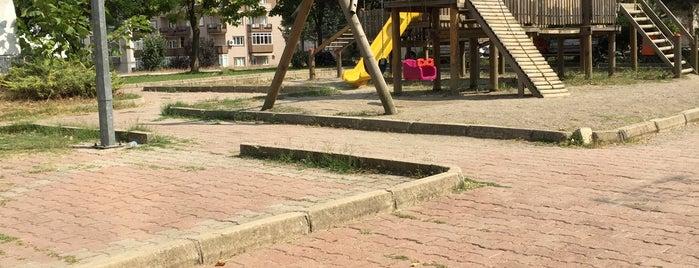 Polis Parkı is one of Tempat yang Disukai Gorkem.