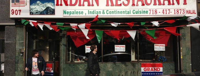 Nepalese Indian Restaurant is one of Lugares favoritos de Erik.