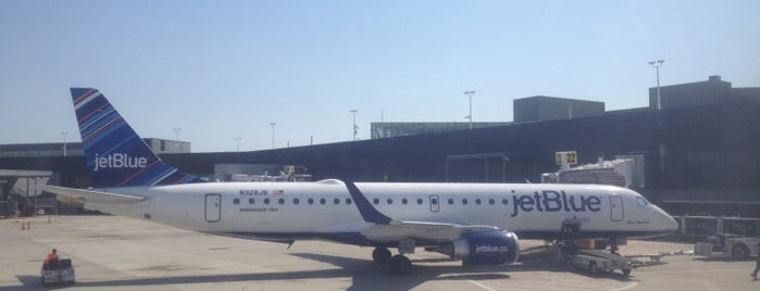 jetBlue Airways is one of Posti che sono piaciuti a st.