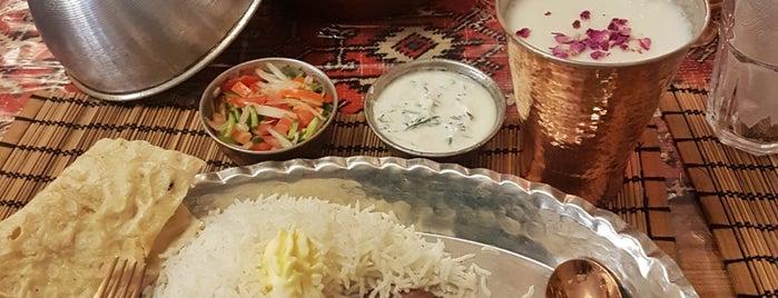 رستوران شازده.shazdeh restuarant is one of Posti che sono piaciuti a Mary.