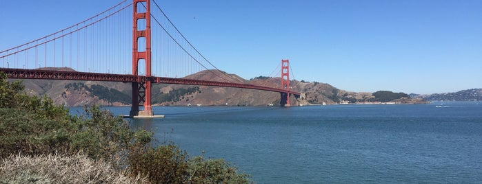 Golden Gate Bridge - Tower 1 is one of Varoujanさんの保存済みスポット.